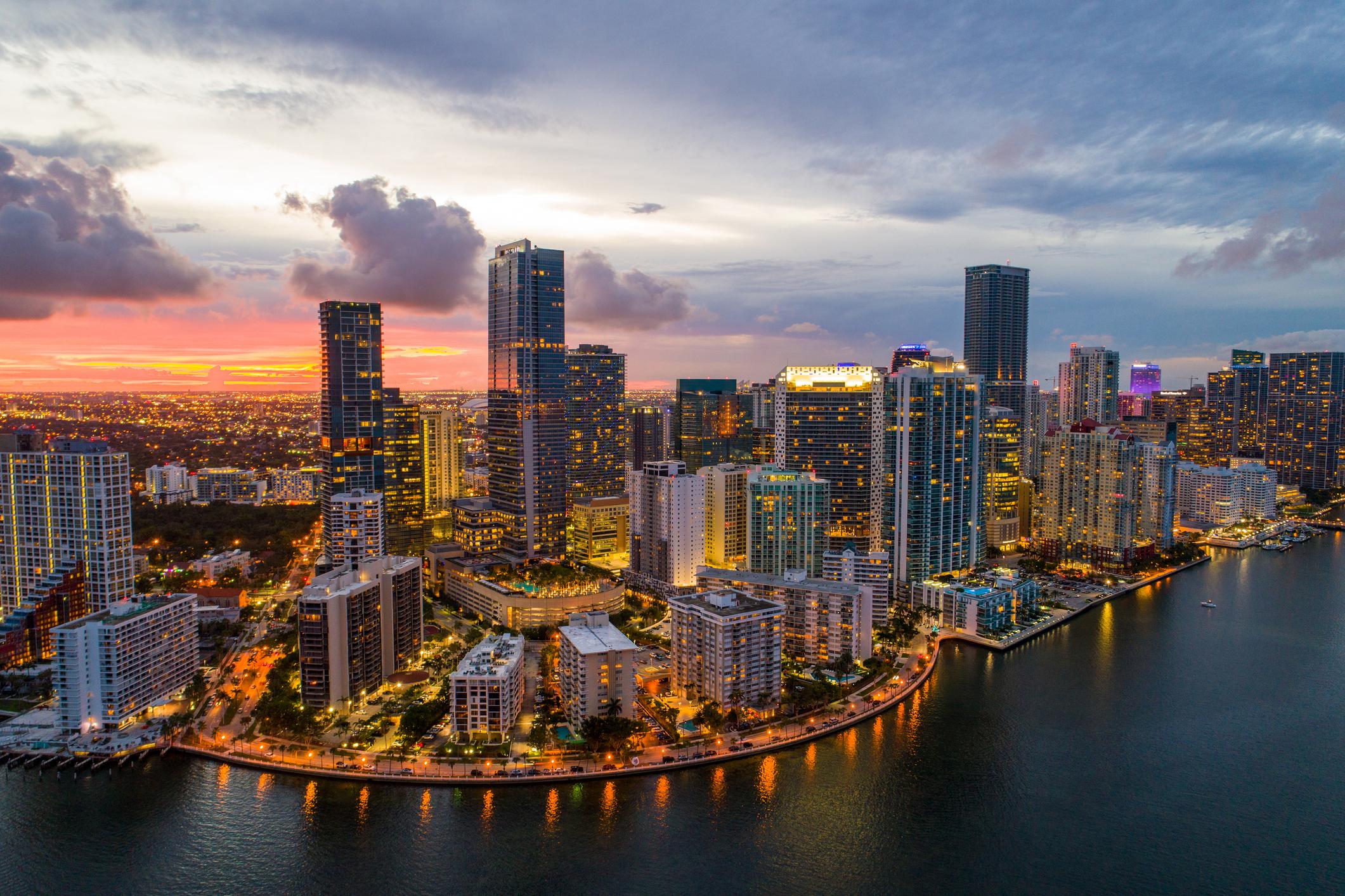 Executive search firm in Miami, FL